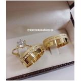 aliança de casamento em ouro